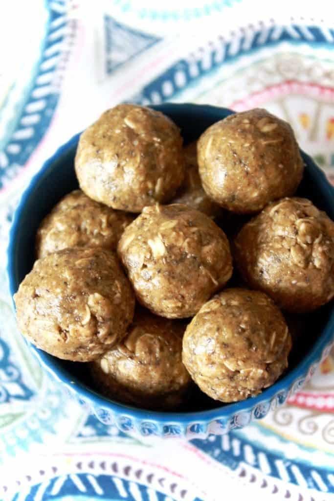 Honey Oat Protein Energy Balls