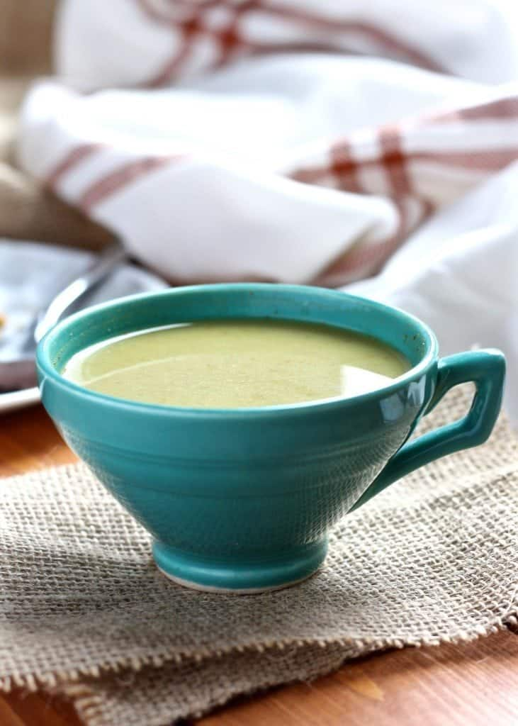 Spiced Matcha Latte [Fit Mitten Kitchen]
