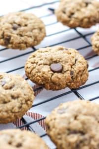 Whole Wheat Oatmeal Chocolate Chip Cookies [FMK]