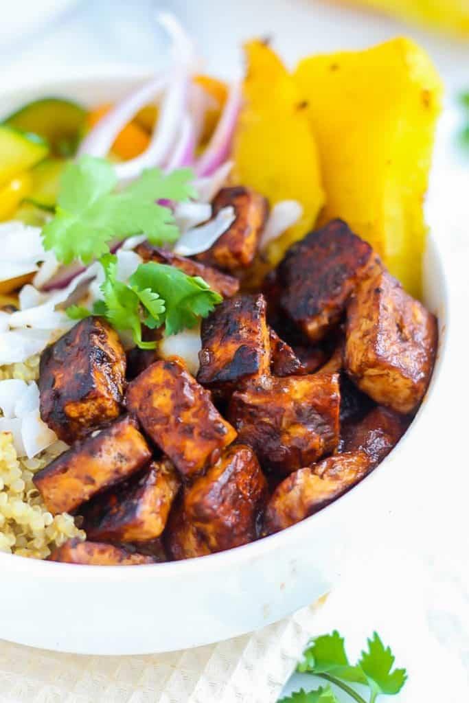 Vegan Hawaiian BBQ Tofu Bowls close up in white bowl