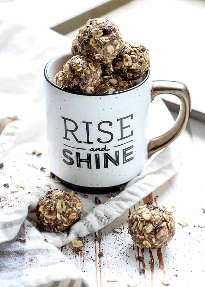 Get in a boost of caffeine with these Dirty Chai Energy Balls.  Rolled oats and your favorite nut butter are the primary ingredients, so no food processor needed! Gluten-free and vegan-friendly.
