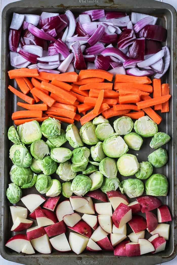 Easy 1-Pan Roasted Vegetables in baking pan