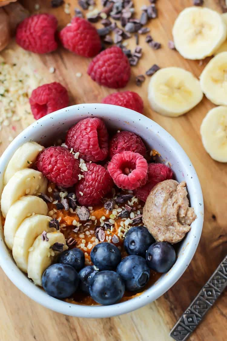A Whole30 Sweet Potato Protein Breakfast Bowl is so simple yet so good! Really satisfies that craving for a warm bowl of oatmeal