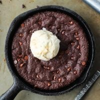 Skillet Brownie with vanilla ice cream