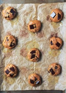 You definitely need these Chocolate Chunk Turmeric Cashew Butter Cookies! Soft and chewy, these cookies just melt in your mouth.