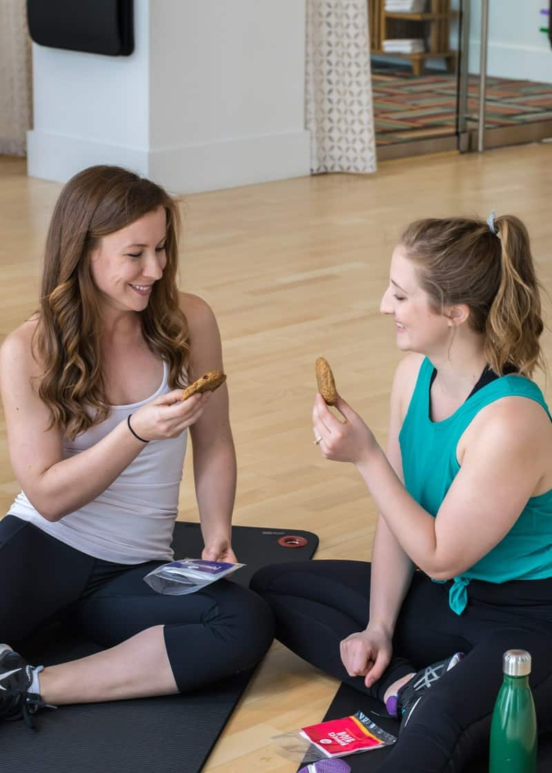 20 Minute Buddy Band Workout with Ope's Cookies | #ad