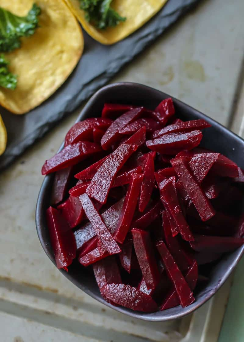 sliced beets in black bowl