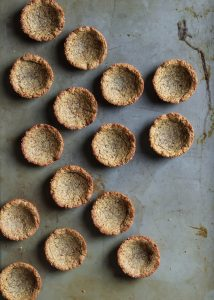 These cookie cups are the best little base for these healthy banana cream pies