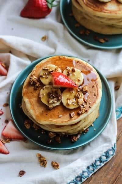 Whole Grain Greek Yogurt Pancakes