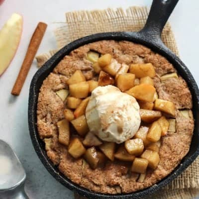Paleo Apple Pie Cookie Skillet is perfect for any night of the week!