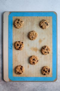Healthy Peanut Butter Oatmeal Cookies. Delicious and simple. Oil-free, dairy-free and gluten-free.