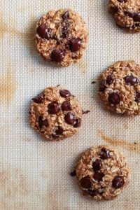 Quick and easy Healthy Peanut Butter Oatmeal Cookies. Made oil-free, sweetened with honey, dairy-free and gluten-free. No flour here, just oats!