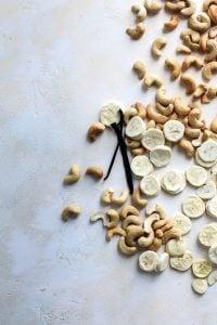 freeze dried bananas, vanilla bean and roasted cashews. | Vanilla Bean Banana Cashew Butter