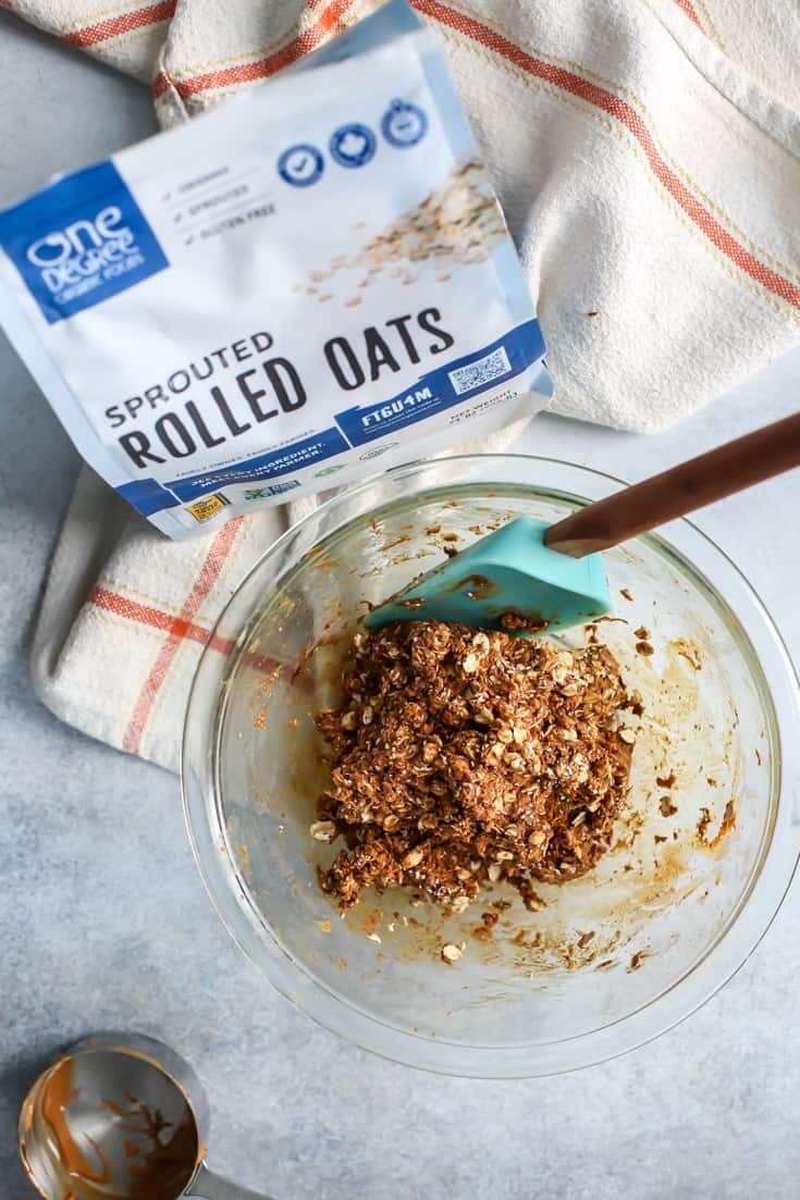 Gingerbread Oat Energy Ball ingredients with One Degree Organic Sprouted Oats. (sponsored)