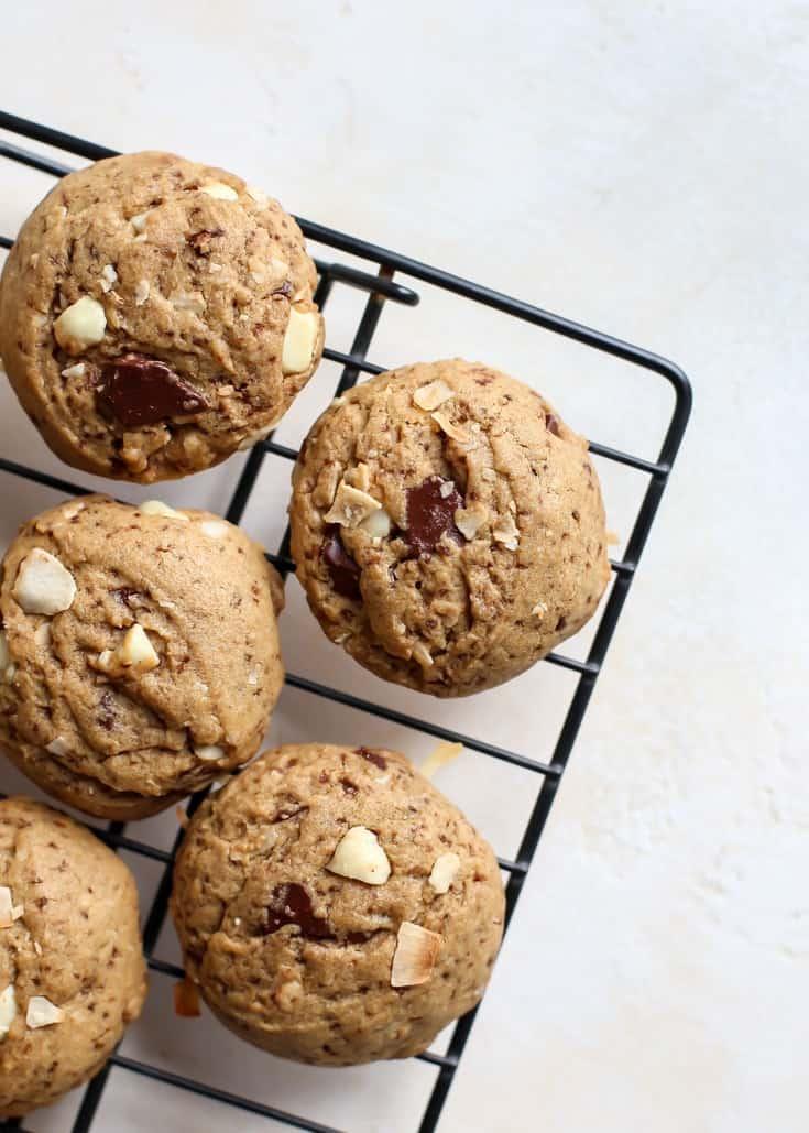 macadamia nut cookies on cooling rack