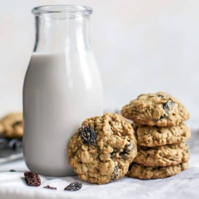 Healthier Oatmeal Raisin Cookies [whole grain]