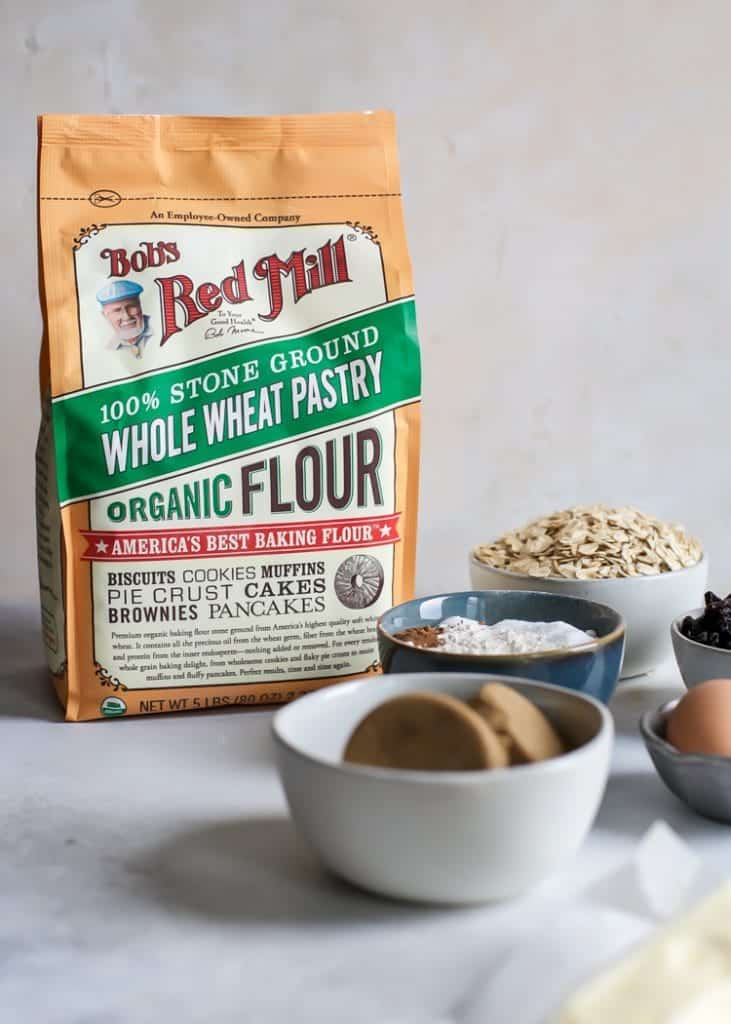 bob's red mill whole wheat pastry flour with oatmeal raisin cookie ingredients