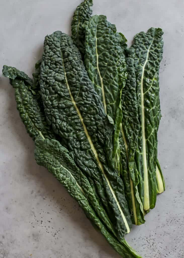 bunch of lacinato kale
