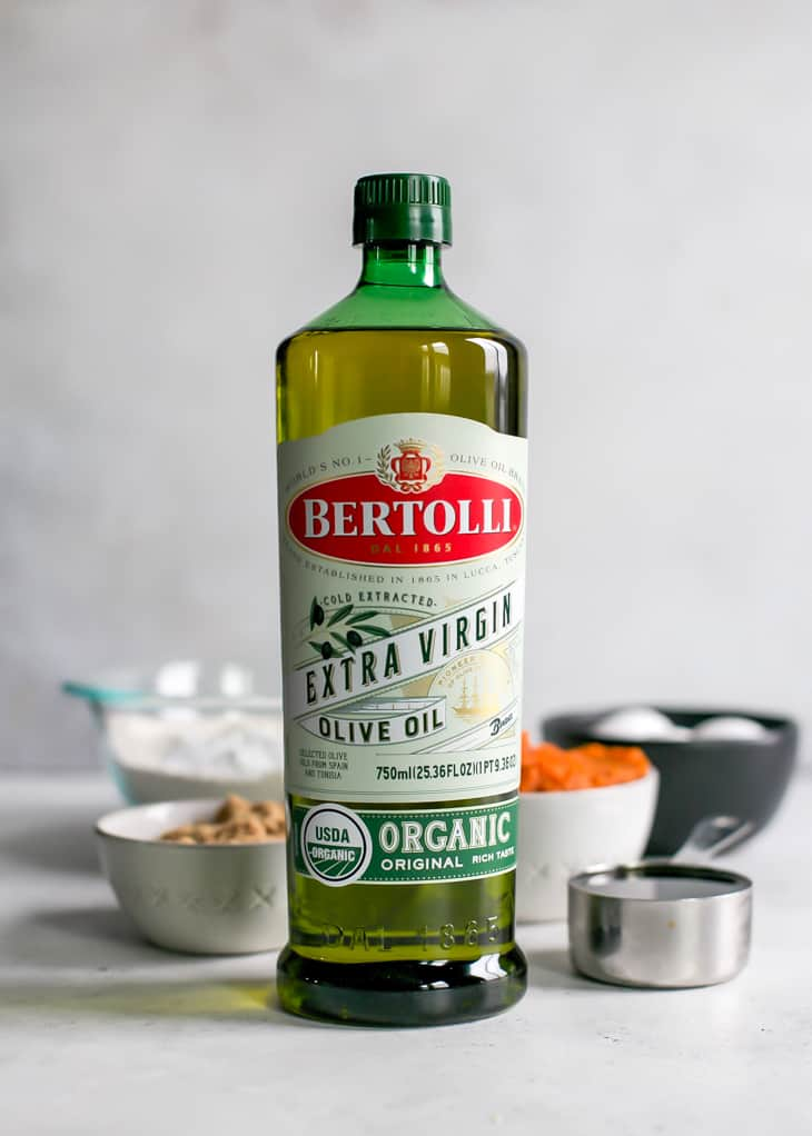 Bertolli Extra Virgin Olive Oil for pumpkin cake