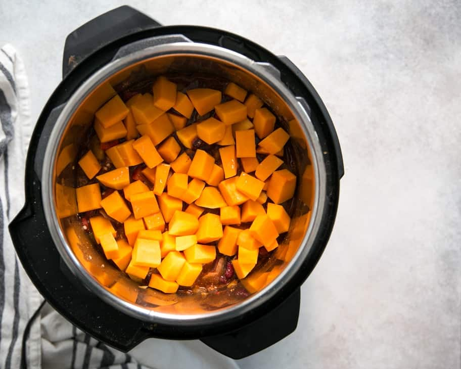 how to make butternut squash turkey chili in instant pot
