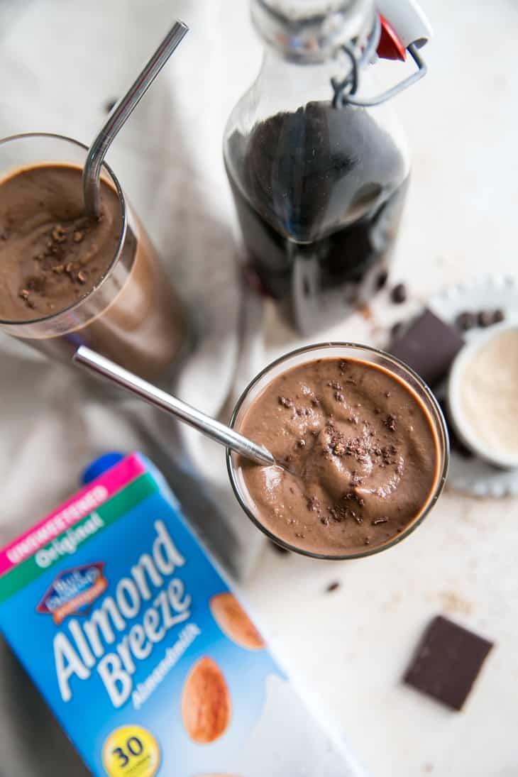 cold brew smoothie with almond breeze almondmilk