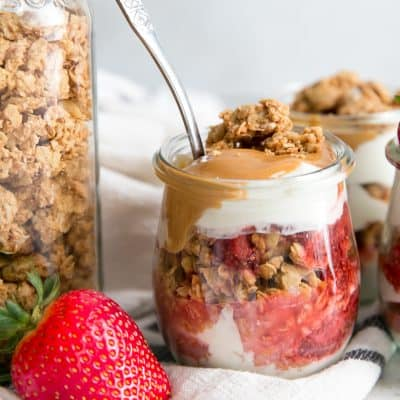 Peanut Butter & Jelly Breakfast Parfaits {with strawberry chia seed jam & 3-ingredient granola!}