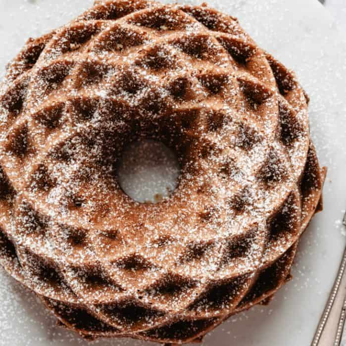 baked gingerbread bundt cake