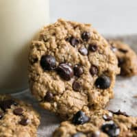 vegan oatmeal cookies with sea salt and chocolate chips