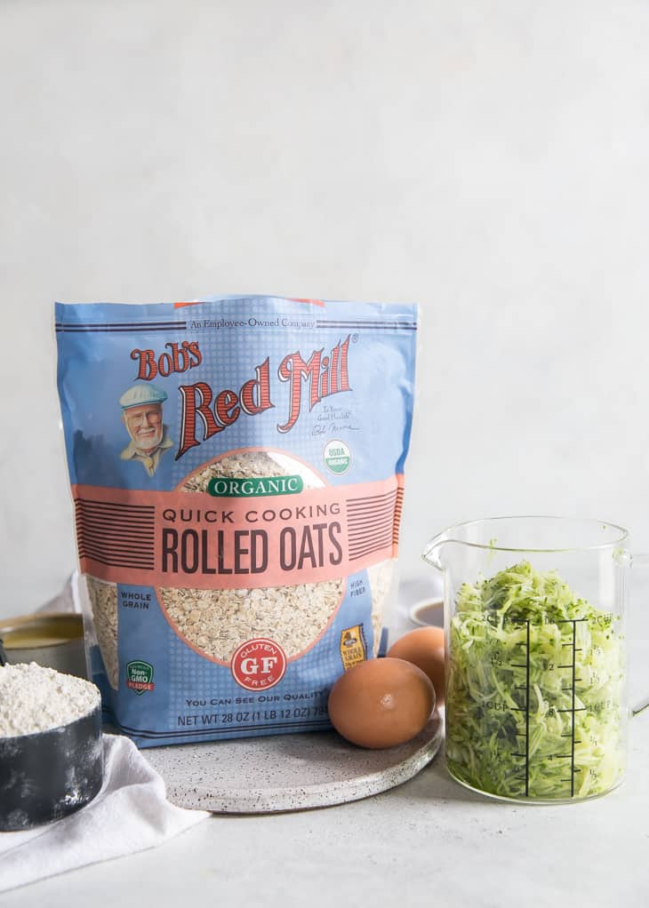 bag of Bob's Red Mill organic quick cooking rolled oats