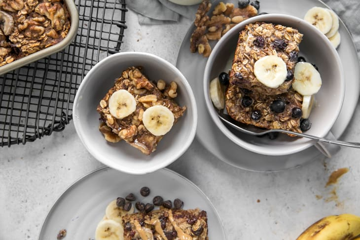 baked banana oatmeal flavors in bowls