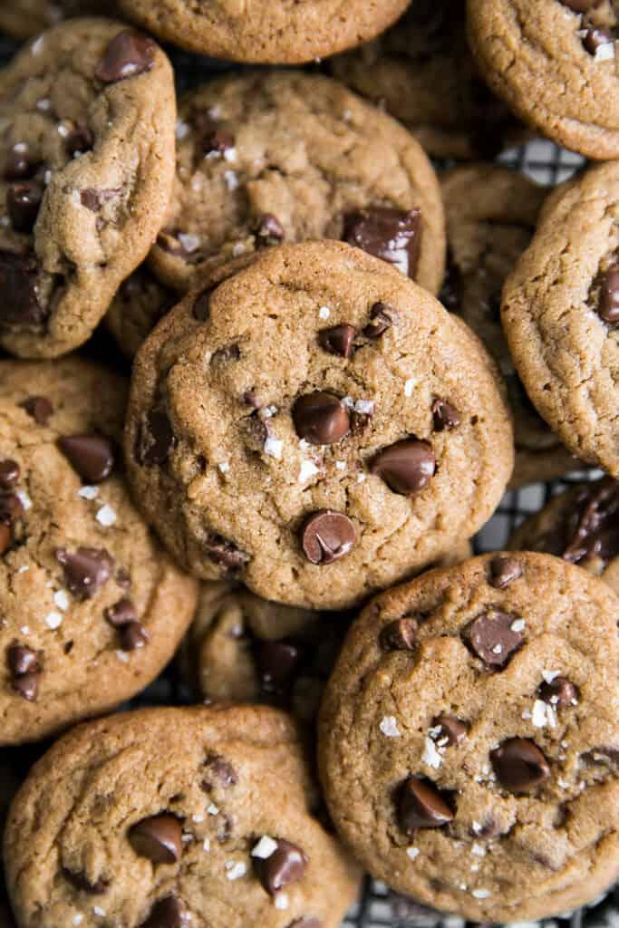 chocolate chip cookies with sea salt