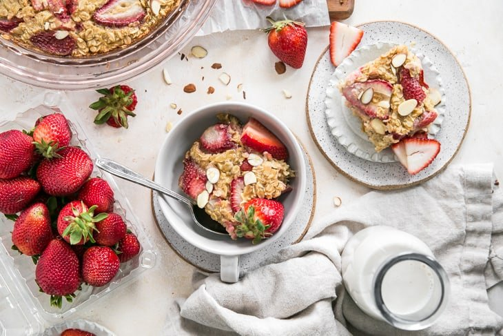 servings of baked oatmeal with strawberries