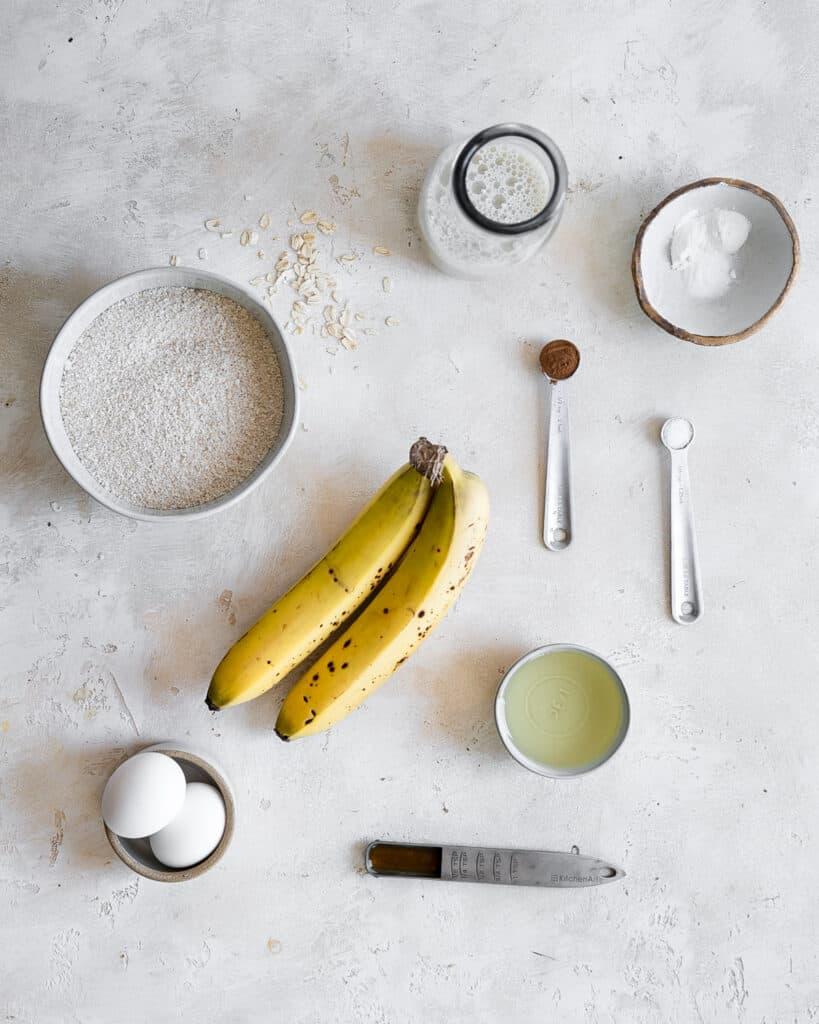 oat flour, milk, cinnamon, bananas, eggs, and other ingredients